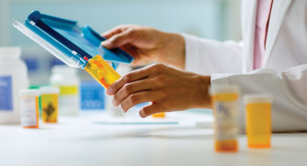 How to Pay Online for Medications: Insurance or Private Payments?